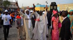 Mobilisation à la Place Abdoulaye Wade: le Model en démonstration de force (photos – vidéos)