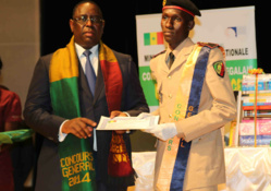 Macky Sall offre une bourse de plus de 125 millions de francs à Amadou Latyr Ngom du Prytanée militaire de Saint-Louis