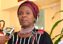 """Aissata Tall Sall : """"la nouvelle résistance féminine"""", par Fatou SARR"""