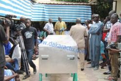 Levée du corps de Bassirou Faye : Les huées des étudiants empêchent la prise de parole du Directeur de Cabinet du Président de la République