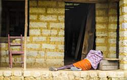 Ebola a fait 4.900 morts, selon le dernier bilan OMS