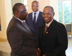 Sidy Lamine Niasse à Macky Sall : « Vos médias montrent, les nôtres démontrent »