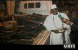 Yaya Jammeh expose les corps des assaillants au Palais et menace…