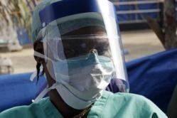 Ebola : l'OMS reconnaît avoir réagi tardivement