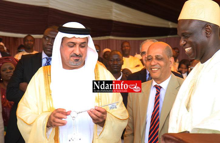 La clef de la ville remise à l'Emir par le Maire