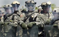 Ebola : pourquoi les soldats américains quittent l'Afrique ?