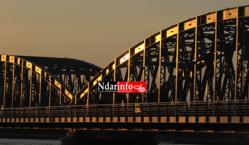 SAINT-LOUIS : Opération de lavage du pont Faidherbe, ce dimanche.