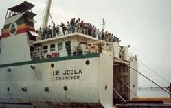"""Port de Dakar : L'hélice du bateau """"Le Joola"""" volée , un ex-caporal arrêté"""