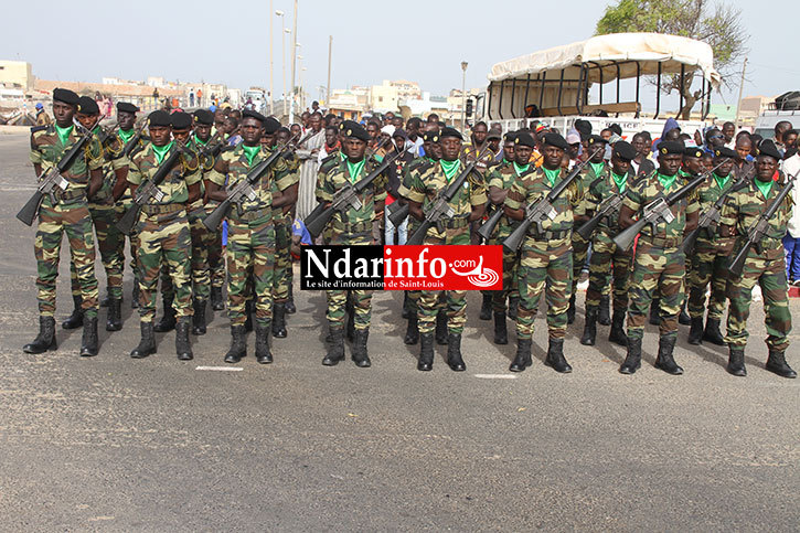 DIRECT - 4 Avril 2015: la revue des troupes sur la Place Faidherbe (Photos)