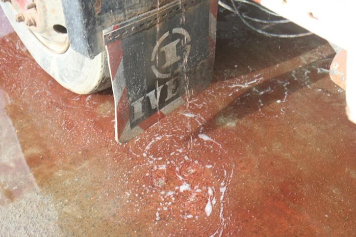 MASSACRE DU TOURISME SAINT-LOUISIEN : une terrible catastrophe à l'entrée de l'hydrobase. Regardez !
