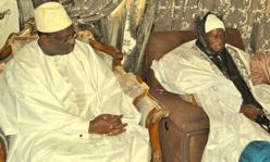 Macky Sall en visite à la famille religieuse des Layennes à Yoff