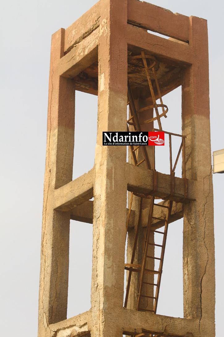 DANGER : le phare de Guet-Ndar va s'écrouler.