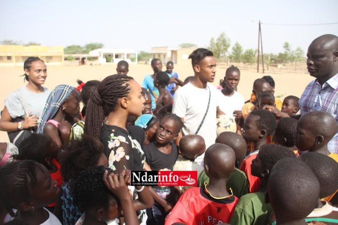 Amine FALL, Marème FALL et Yaye KANE à l'école de Mbenguene Boye