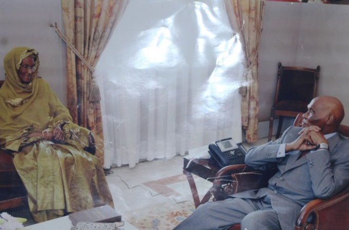 Ndèye Tolla avec son frére, le Prèsident WADE au Palais de la République