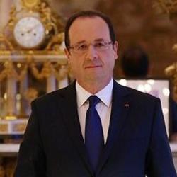 ATTENTATS A PARIS: Hollande va réunir son conseil de défense, ce matin.