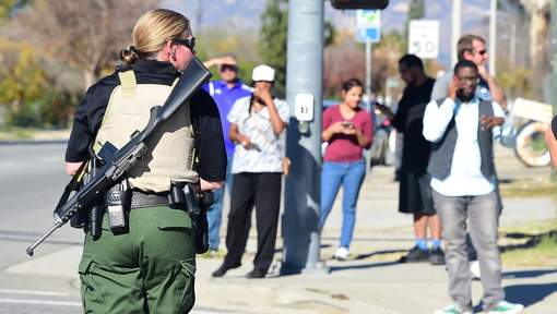 Cette fusillade intervient cinq jours seulement après une tuerie dans un centre de planning familial dans le Colorado qui avait provoqué la colère du président Barack Obama et relancé pour la énième fois le débat sur la réglementation des armes à feu. © afp.
