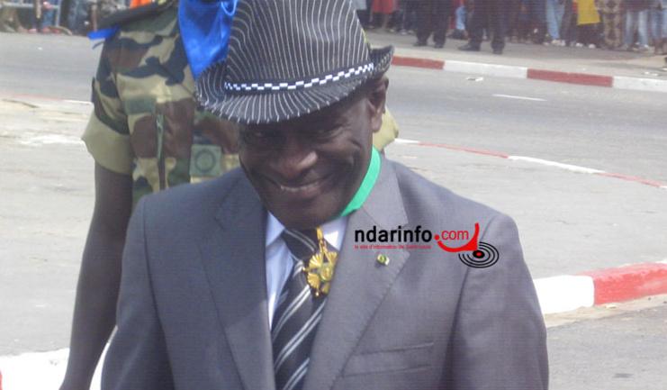 Golbert DIAGNE sur la Place Faidherbe, le 04 avril 2012.