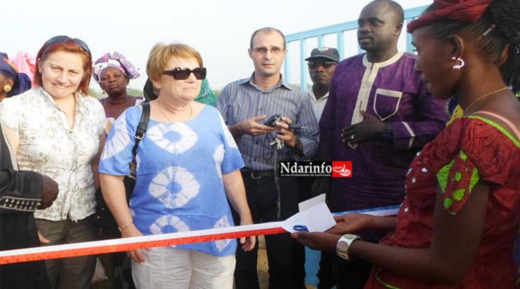 Des élus de Saint-Laurent Blangy en compagnie de ceux de Rosso, à l'inauguration de l'école.