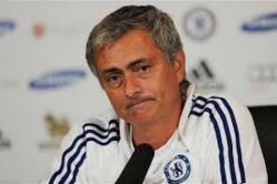 José Mourinho signe à Manchester United