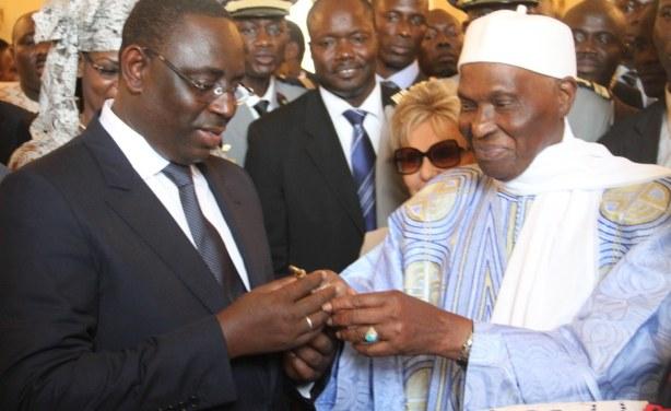 """L'APR répond à Me WADE : """" c'est lui et son fils qui ont ouvert les portes du Sénégal à Monsieur Frank TIMIS"""""""