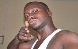 Le meurtrier présumé du taximan devant le Procureur