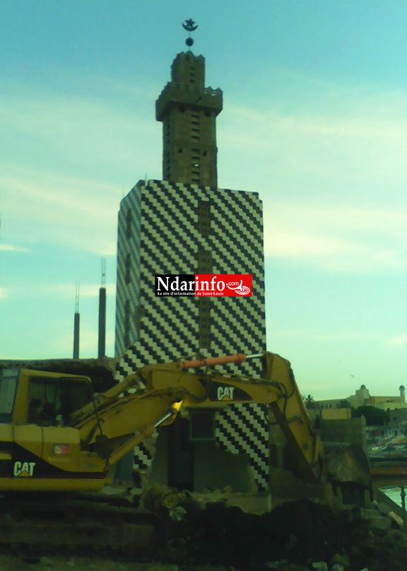 GUET-NDAR : les minarets sont tombés (photos)