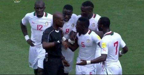 Afrique du Sud-Sénégal : L'arbitre ghanéen suspendu pour trois mois