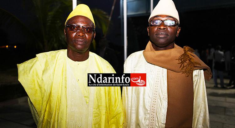 Badara MBOUP ( à gauche ) avec son frère Aboubacar de l'UGB