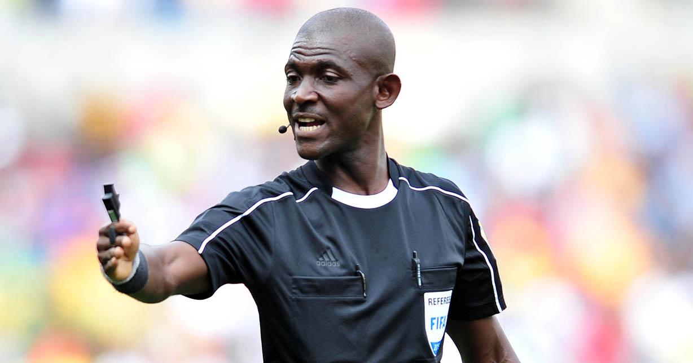 L'arbitre ghanéen Joseph Odartei Lamptey banni à vie par la FIFA