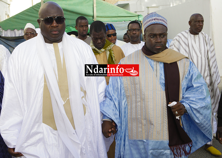 L'Imam Mouhammedou Abdoulaye CISSE et Serigne Galass Kaltome MBACKE, main dans la main.