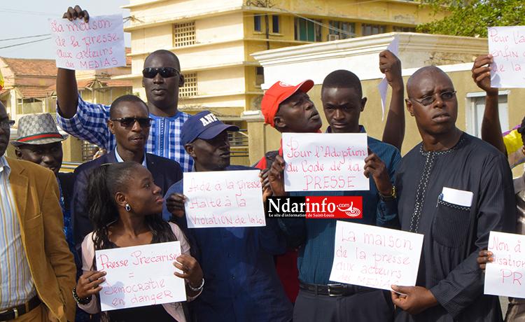 Journée mondiale de la presse : Sit-in des journalistes de Saint-Louis sur la Place Faidherbe (vidéo – photos)