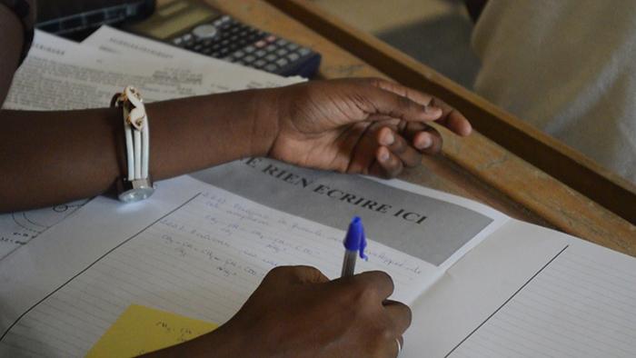 Tricherie au BFEM à Saint-Louis: 16 élèves arrêtés, dont deux filles, au centre de Sankoré