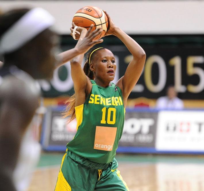 Astou Traoré élue meilleure joueuse et meilleure marqueuse de l'Afrobasket 2017