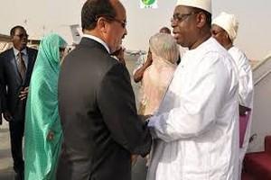Macky Sall invite Ould Abdel Aziz à assister au forum sur les questions de la paix et de la sécurité