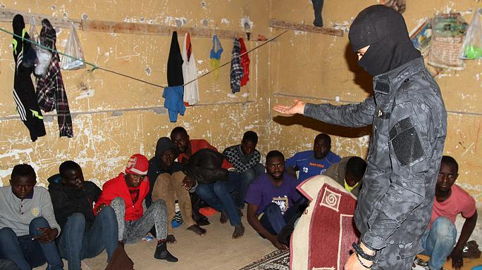 Trois personnes arrêtées pour trafic de migrants