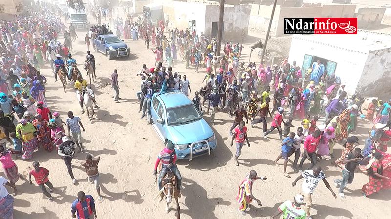 DEBY – TIGUETTE : l'impressionnant accueil du Khalif général des Khadres (vidéo)