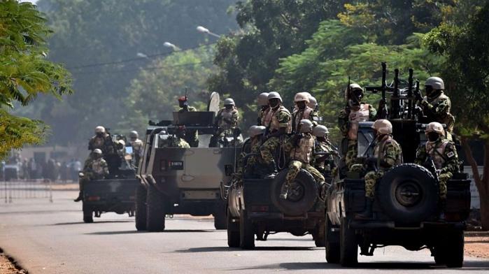 Le Gouvernement annonce une ''traque rude et sans répit des auteurs de la tuerie''