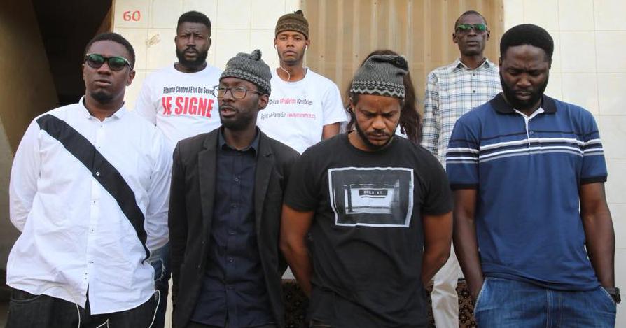 « Y'en a marre » en guerre contre le parrainage : « Que Macky Sall retire la loi, sinon… »