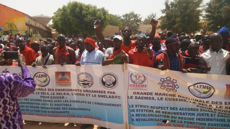 Ziguinchor : La marche des enseignants durement réprimée