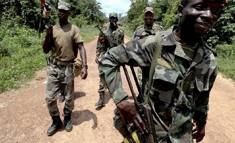 Attaque armée à Niambalang : Un mort et des boutiques dévalisées, les assaillants font exploser un pont