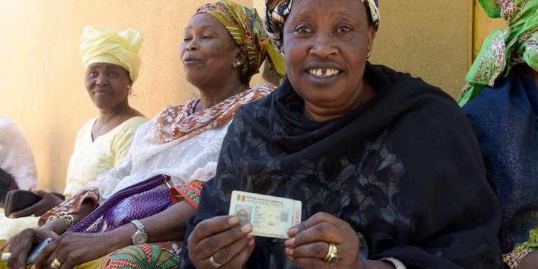 Près de 6 millions de cartes d'électeurs retirées