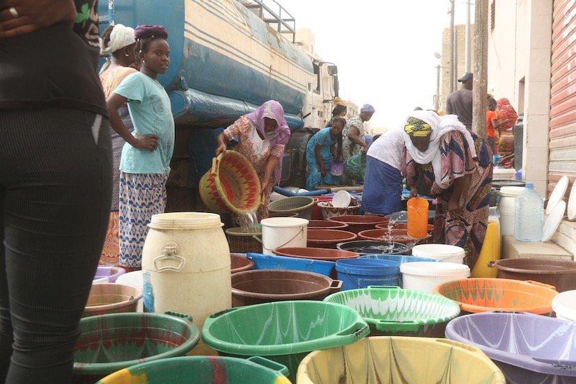 Pénurie d'eau, d'essence, chômage endémique… Quand Macky joue avec le feu