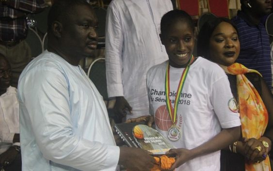 SLBC AU SOMMET : Ndeye Fatou Ndiaye MVP et meilleure marqueuse, Maty Fall meilleure passeuse