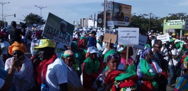 Marche de l'opposition : des milliers de personnes se sont mobilisées à Dakar ( Photos)