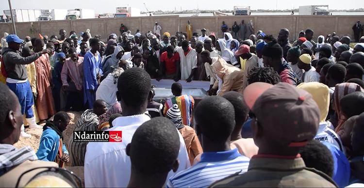 Les quatre pêcheurs enterrés à THIAKA NDIAYE. Oumar GUÈYE déclaré persona non grata à Guet-Ndar (vidéo)