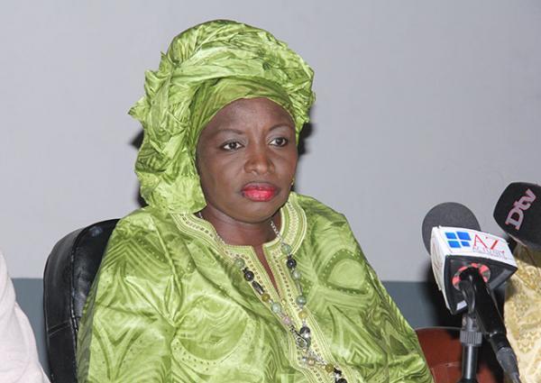 """Mimi TOURÉ ne ménage pas Idrissa SECK : """"Après s'être muré dans son long silence post-bakkanique ..."""""""