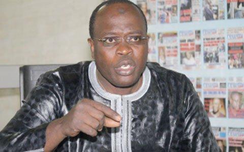 Macky Sall humilie son Chanteur Doudou Ndiaye Mbengue
