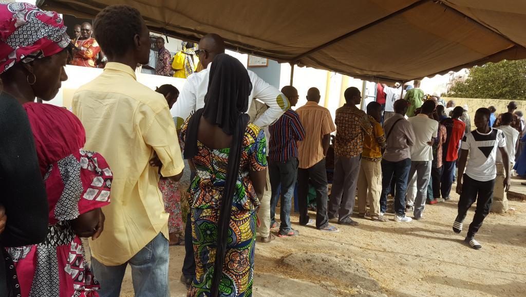 Centre de Samba Ndiémé SOW : l'affluence timide n'altère pas le taux de vote.