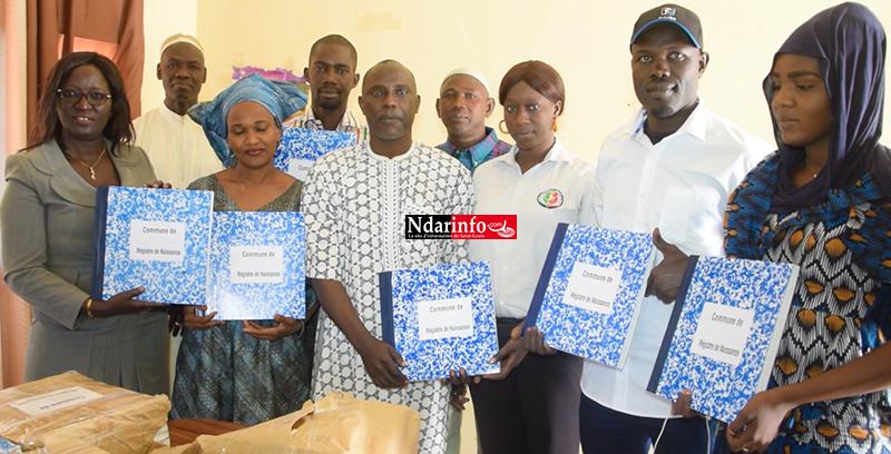 Arrondissement de RAO : la Caritas offre des registres d'enregistrements des naissances aux communes (vidéo)