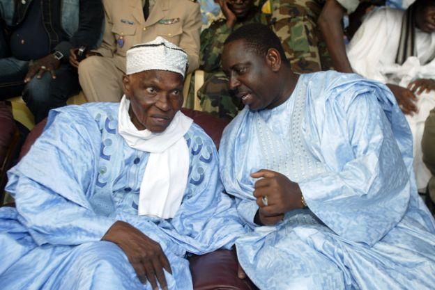 Oumar Faye dénonce « un deal indécent », entre Wade et Macky Sall
